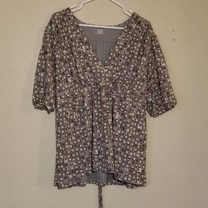 Geometric pattered  blouse